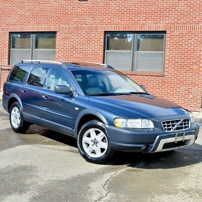 2006 Volvo XC70 2.5T AWD 2006 Volvo XC70 2.5T Wagon 4-Door 2.5L LOW MILEAGE Cross Country MAKE OFFER
