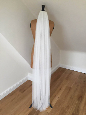Bridal veil white 1.5m single tier with beaded comb