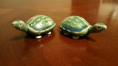2 Small Ceramic Turtles Small Figurine Miniature Vintage Green Collectible