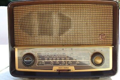 Ekco Valve Radio, good condition for age but untested so listing for parts