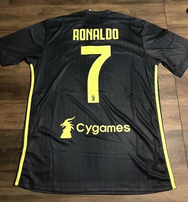 2018/19 Juventus 3rd (Third) Shirt - Medium - Ronaldo 7