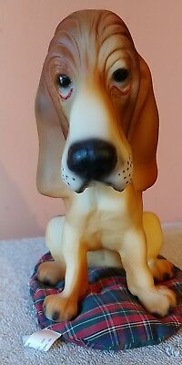 Breyer #324 Chasser Hound, 1994-95 Brown with pillow, Excellent condition!