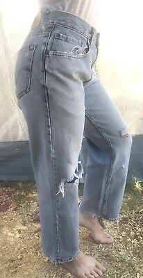 Vintage 90s High Waisted Mom Jeans Denim Womens Levis 29x30 DISTRESSED Straight