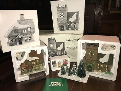 Dickens' Village Series - Department 56 - The Spirit Of Giving Set - NO Reserve