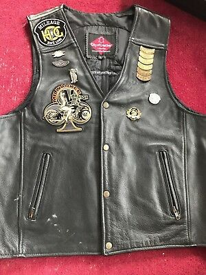 Harley Davidson leather biker vest men's pre owned lots of patches & pins