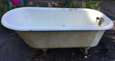Antique Standard Brand Porcelain Clawfoot Tub With 4 Feet 5' Tub Pope Faucet