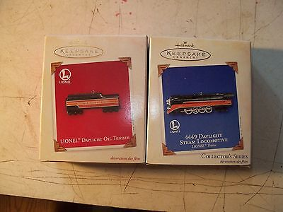 hallmark ornament 4449 daylight engine and tender pair new in box lionel