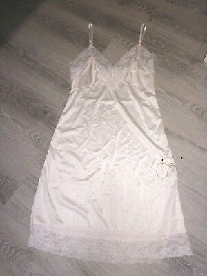 Women's Vintage Pink Sliperfection Full Slip.  Below the Knee.  Size 36 (Large)
