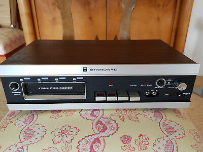 Standard Solid State 8-Track Player/Recorder in gutem Zustand!