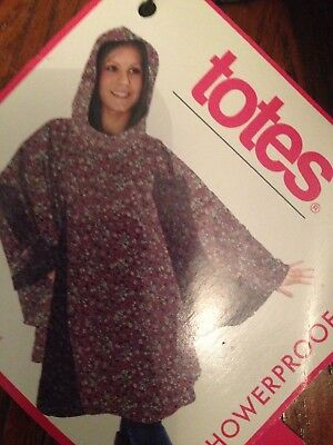 Totes Ladies Poncho with Pocket -shower proof including bag