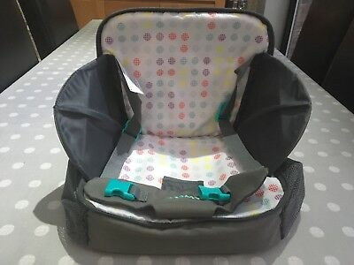 TOMY FREESTYLE 3-in-1 Booster Seat, Changing mat, carry bag