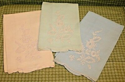 Vintage 3pc Set of Linen Hand Towels w/ floral Embroidery - green, blue, ivory
