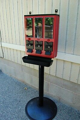 New NIB ULTRAVEND Red Triple Vending Machine Complete With Keys Free Ship