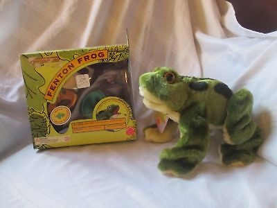 1999 Fenton Frog plush toy in box unplayed with cute!