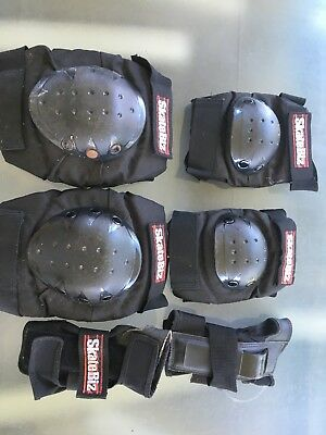 6 Pieces SKATE Protection KIT Knee Pads Wrist Elbow Pads Skateboard Scooter