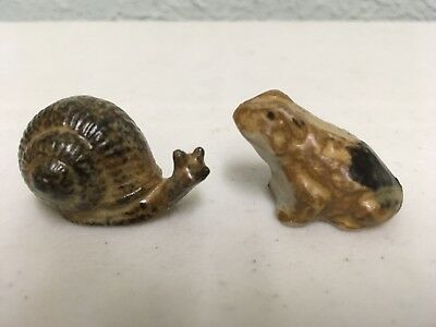 """Miniature Japanese Stoneware Animals ~ 5/8"""" Turtle and a 7/8"""" Frog"""