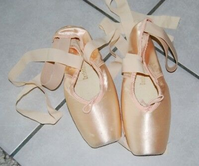 Ballet Pointe Shoes ~ NEW ~ EUR Sz 5D (8-8.5) ~ Ballet Maker USA ~ Includes Wool
