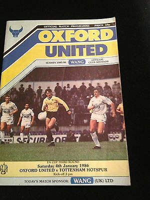 Football match programme Oxford United Tottenham Hotspur 1986 Spurs VG condition