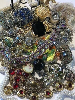 Vintage Rhinestone Jewelry. Repair. Lot of 26 Pieces. Coro Lisner Clips Cool Lot