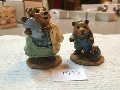 Wee Forest Folk Bears, Mama and Child with Suitcase