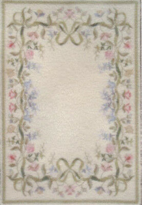 """1:48 Scale Dollhouse Area Rug 0001965 - approximately 1-15/16"""" x 2-7/8"""""""