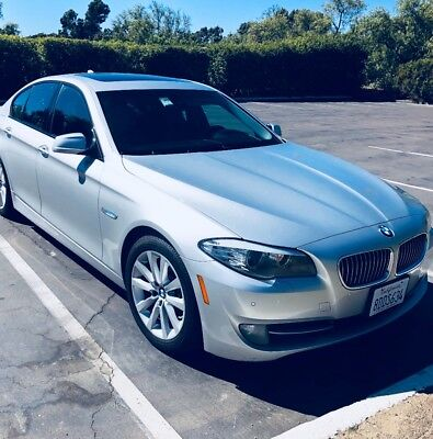 2011 BMW 5-Series Sport and premium 2 package 2011 bmw 528i sports - 1 owner