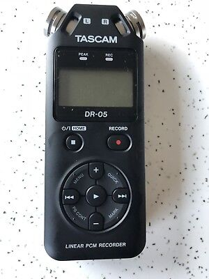 TASCAM Dr-05 Dr 05 Handheld Digital Linear PCM Recorder 2gb Micro SD and USB