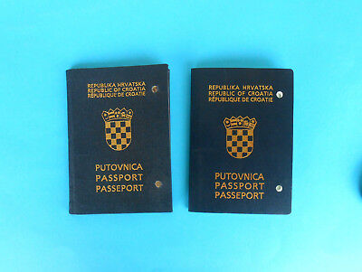 CROATIAN EXPIRED PASSPORT .... Two different models RR