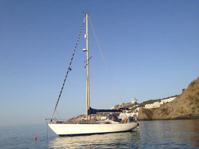 Nicholson 35 - 1973 - Bluewater, fully fitted sailing boat. Very capable.