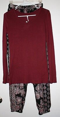 Women's Pants Outfit Red and Black Tops size M and pants size S NWT