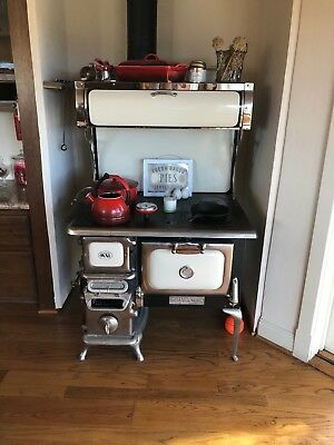 Elmira Wood Cook Stove; Beatiful and fully functioal, heats home and cooks well