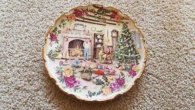 CHRISTMAS WARMTH fred erril collectable plate from royal albert