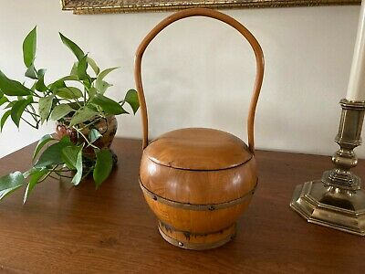 Vintage Chinese Rice bucket/Wedding Basket/wooden ware/Hand Made Chinese decor