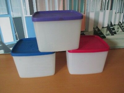 Tupperware Square Rounds With Lids .