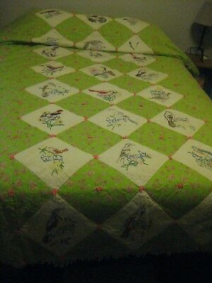 VINTAGE-QUILT-HANDMADE, WITH 24 DIFFERENT STATE BIRDS & STATE NAMES (crockett)