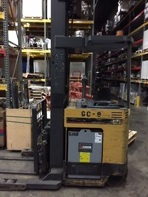 Caterpillar Narrow Aisle Forklift Reach Truck NRR40