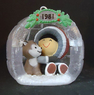 HALLMARK ~~ 1981~ FROSTY FRIENDS 2nd in SERIES. ORNAMENT ~ QX4335