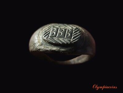 ** EXCELLENT ** Ancient ROMAN Bronze LEGIONARY ring  ** III **