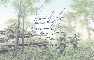 Vietnam Medal Of Honor Armored Cavalry Regiment Hero, Nice Signed Action Card