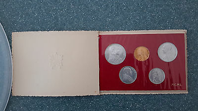 VATICAN PIUS XII  Mint Set 1950 Holy Year in Folder complete w/ 100 Lire Gold
