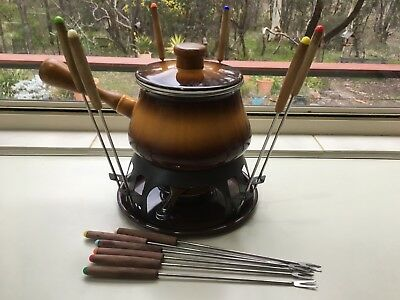 Vintage Retro Brown Enamel Party Fondue set,12 Stainless steel  forks.VGC.