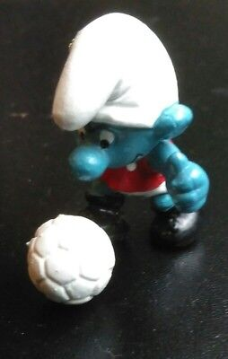 Rare Red and White Strip Footballer Smurf. Excellent condition.