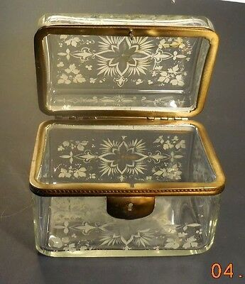 ANTIQUE HAND-PAINTED ENAMELon CLEAR GLASS JEWELRY/TRINKET CASKET-FRENCH?