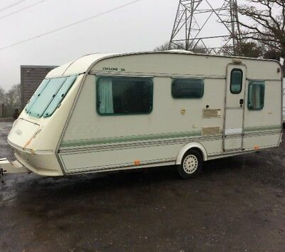 Elddis 4/5 berth cyclone xl caravan end bedroom Tows well good used condition