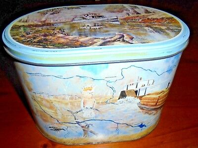 Arnott's Biscuit Tin ** Paddle Steamer** 900g  ~ VGC