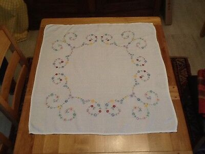 VINTAGE HAND EMBROIDERED TABLECLOTH 88 x 80 cms PURE LINEN WHITE