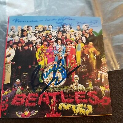George Martin Autographed Beatles Sgnt Peppers Cd Ringo