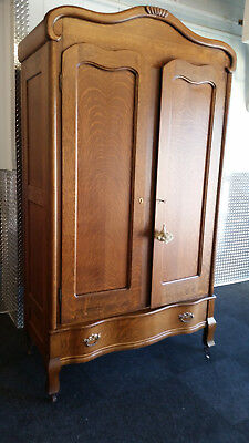 Oak Wardrobe TV Hider ( Breaks Down) Vintage & Rare