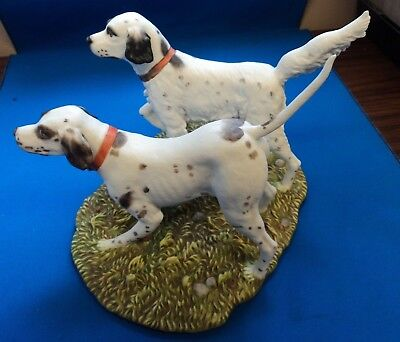 """Danbury Mint """"ON POINT"""" hunting dog figurine by Phillip Crowe English Setter"""
