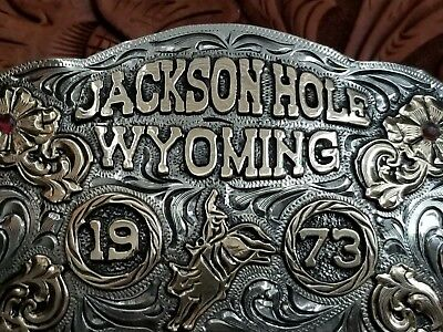 1973 JACKSON HOLE WY. CHAMPION BULL TROPHY Rodeo Buckle Hand Engraved Signed 444